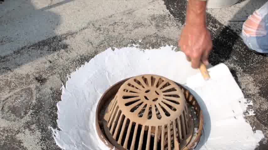 sewage line cleaning